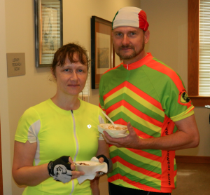 TITUS MOHLER | HERALD  Kristie Knox, left, and Franklin Knox, of Nelson County, have some refreshments after their bike ride to the visitor center from Farmville.